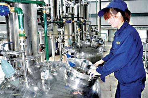 中藥廠原料粉碎車間除塵設備